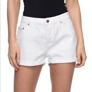 NWT Roxy Cosy Moment White Shorts button up sz 27